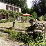 A vendre belle longère sur 240m2 et 9500m2 de terrain plus dépendance de 40m2 secteur Brassac Castres