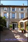 A vendre Rabastens centre ville Maison de maître sur 315m2 et 910m2 de jardin, piscine, calme